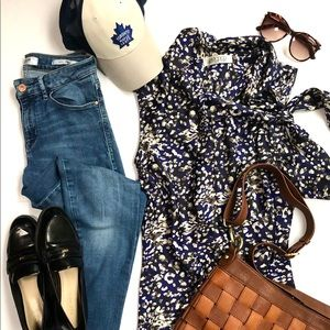 Kasper tie neck blouse and Guess jeans set